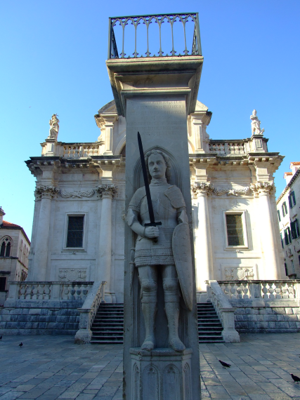 The Orlando statue and column in front of St. Blaise's Church (Crkva Sv. Vlaho).