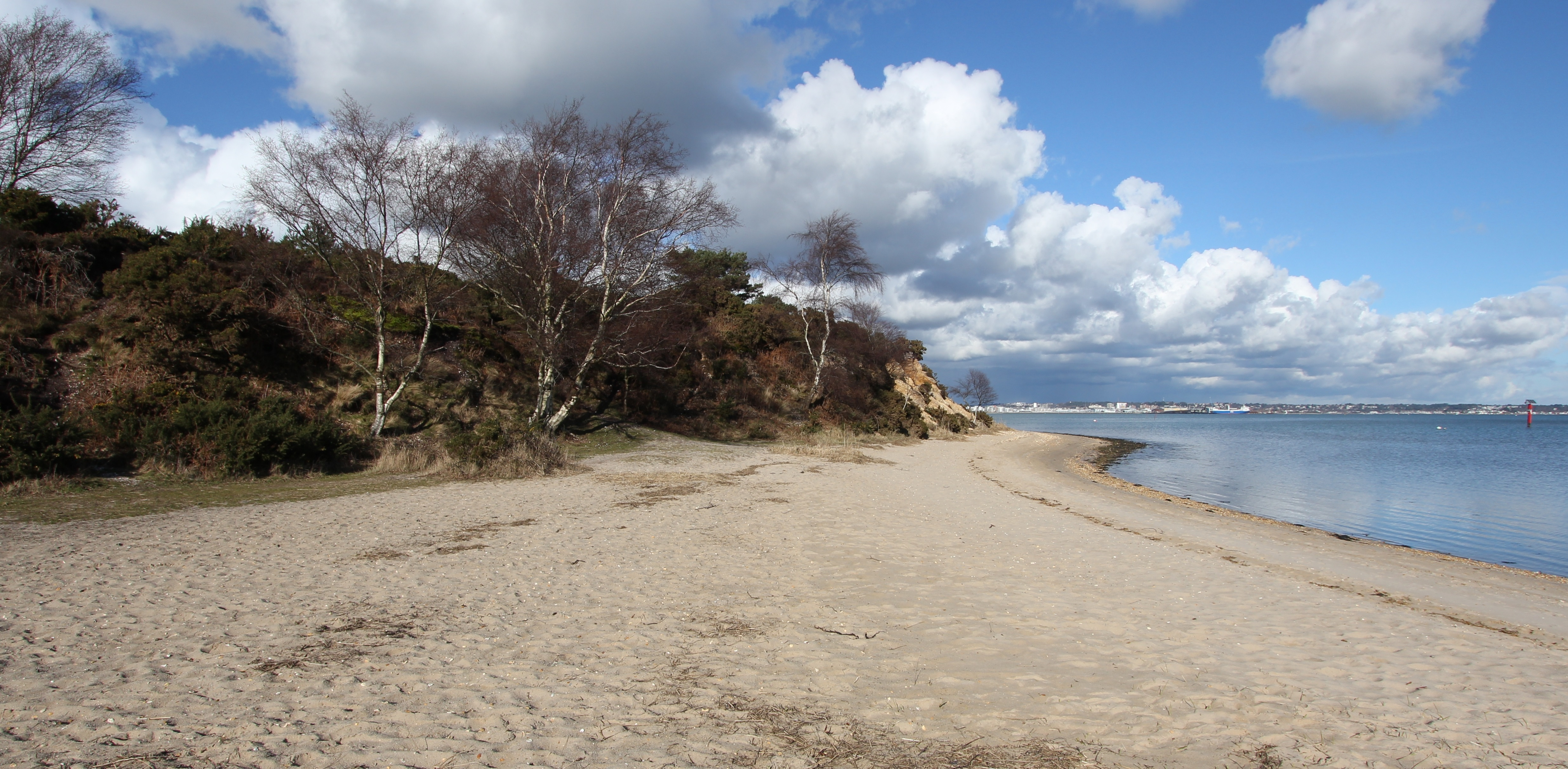 The view looking ENE at the southern end of Shipstal Beach. The path up to Shipstal Hill or back through the inland reserve is to the left. The southern spit (see below) continues in the bottom right of the photo.